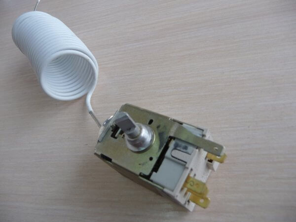 Замена терморегулятора в холодильнике